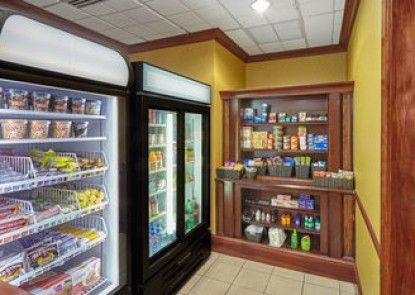 Holiday Inn Express Hotel & Suites Grand Rapids - South