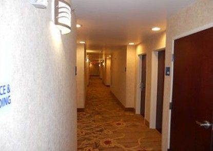 Holiday Inn Express Hotel & Suites Hazard