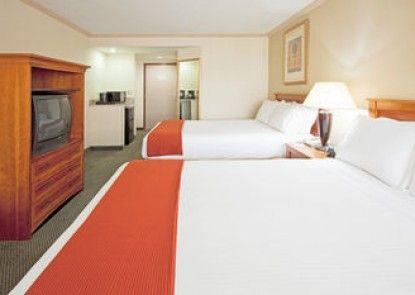 Holiday Inn Express Hotel & Suites Miami-Hialeah -Miami Lake