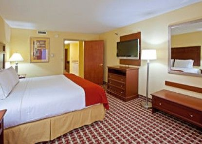 Holiday Inn Express Hotel & Suites Murray