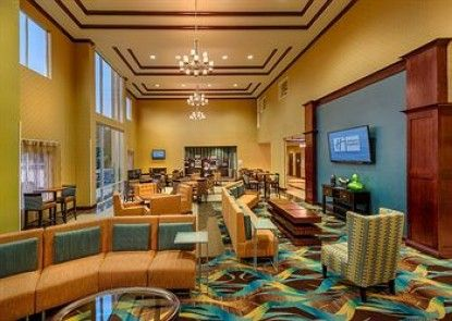 Holiday Inn Express Hotel & Suites Red Bluff-South Redding