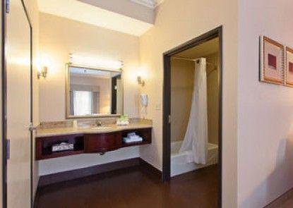 Holiday Inn Express Hotel & Suites Twentynine Palms