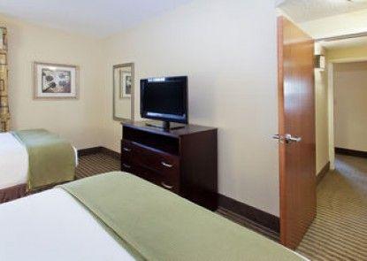 Holiday Inn Express N.Myrtle Beach- Little River