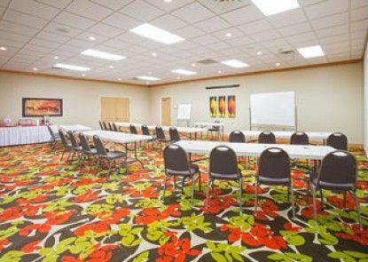 Holiday Inn Express & Suites Lexington
