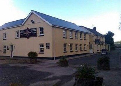 Hollybrook Country Inn