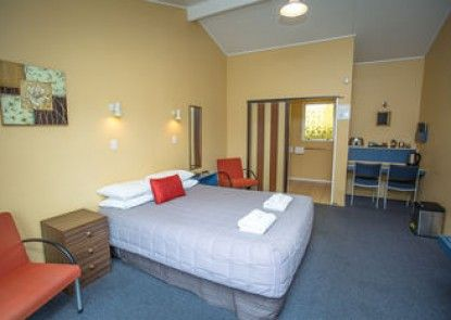 Homestead Lodge Motel