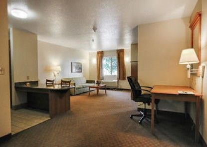 Home Towne Suites - O\'Fallon