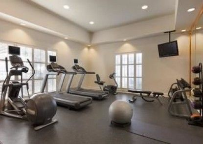 Homewood Suites by Hilton Charleston Airport/Conv Center