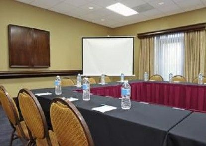 Homewood Suites by Hilton Ft. Lauderdale Airport-Cruise Port
