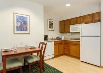 Homewood Suites by Hilton Providence/Warwick