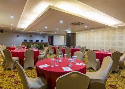 Horison Grand Serpong Ruangan Meeting