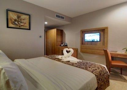 Horison Hotel Pematangsiantar Kamar Tamu