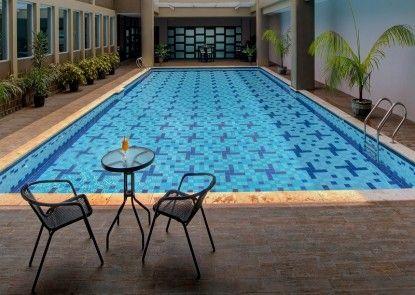Horison Hotel Pematangsiantar Kolam Renang