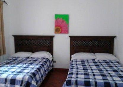 Hostal Colonia Antigua - Hostel