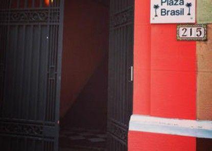 Hostal Plaza Brasil
