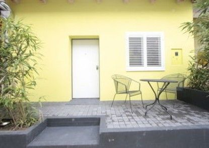 Hostel 63 - hostel
