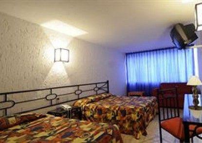 Hotel Arboledas Expo Teras