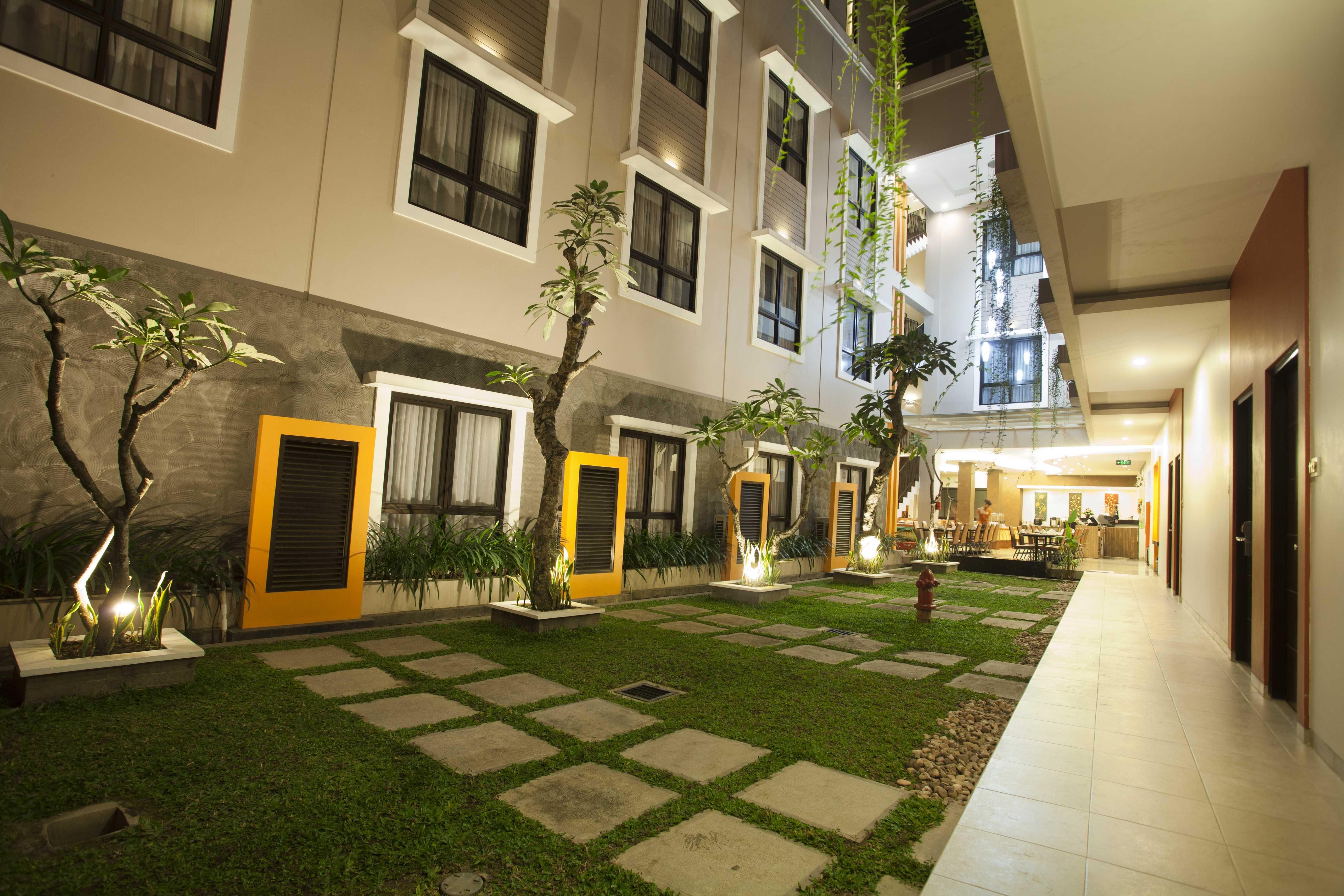 Hotel Jentra Malioboro,Taman Budaya Yogyakarta