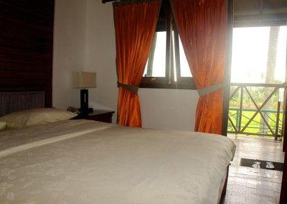 Hotel Lagusa Pelabuhan Ratu Teras