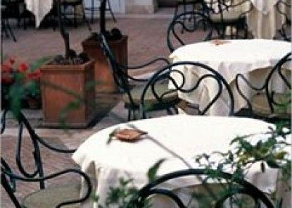 Hotel Locarno