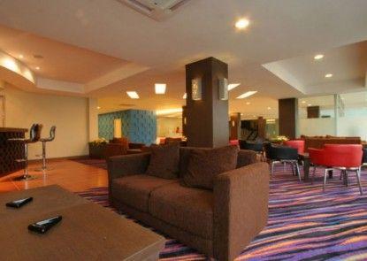 Hotel Marlin Pekalongan Lobby