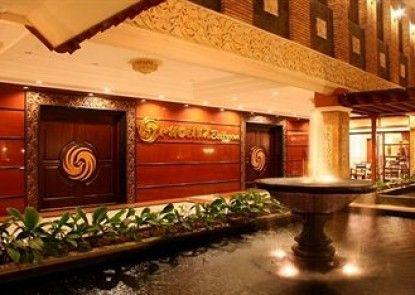 Hotel Panorama Jember Teras