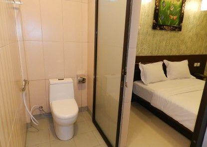 Hotel S8 Kuta Kamar Tamu
