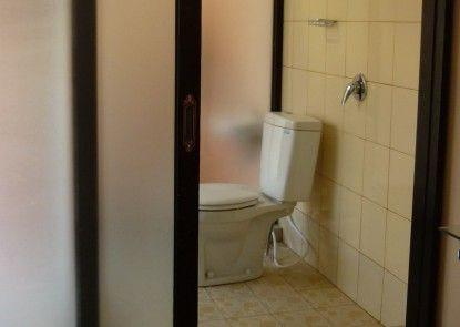 Hotel S8 Kuta Kamar Mandi