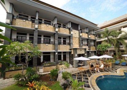 Hotel Sandat Kuta Eksterior