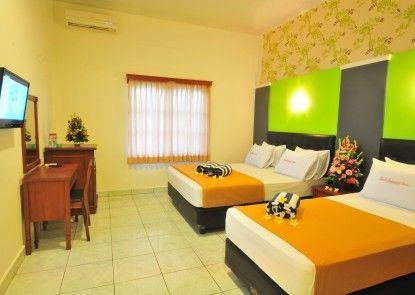 Hotel Sandat Kuta Kamar Tamu