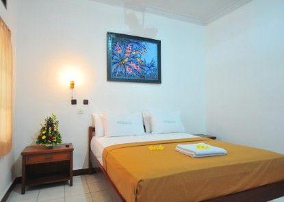 Hotel Sandat Legian Kamar Tamu