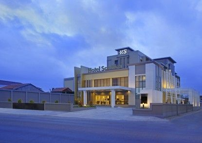 Hotel Santika Purwokerto Eksterior
