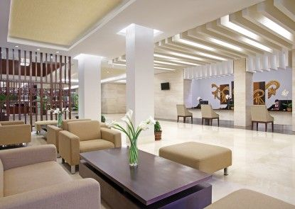 Hotel Santika Purwokerto Lobby