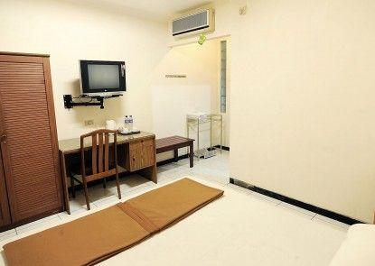 Hotel Sumber Waras Kamar Tamu