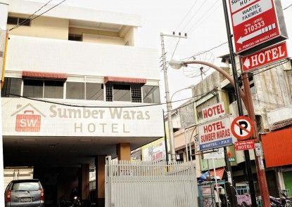 Hotel Sumber Waras Sekitarnya