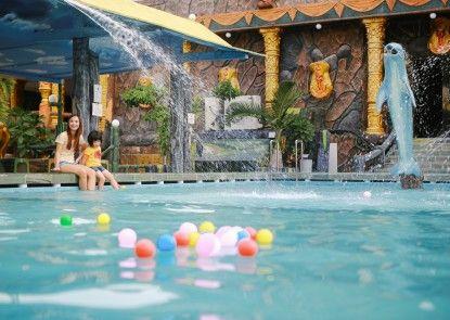 Hotel 01 Batam Kolam Renang