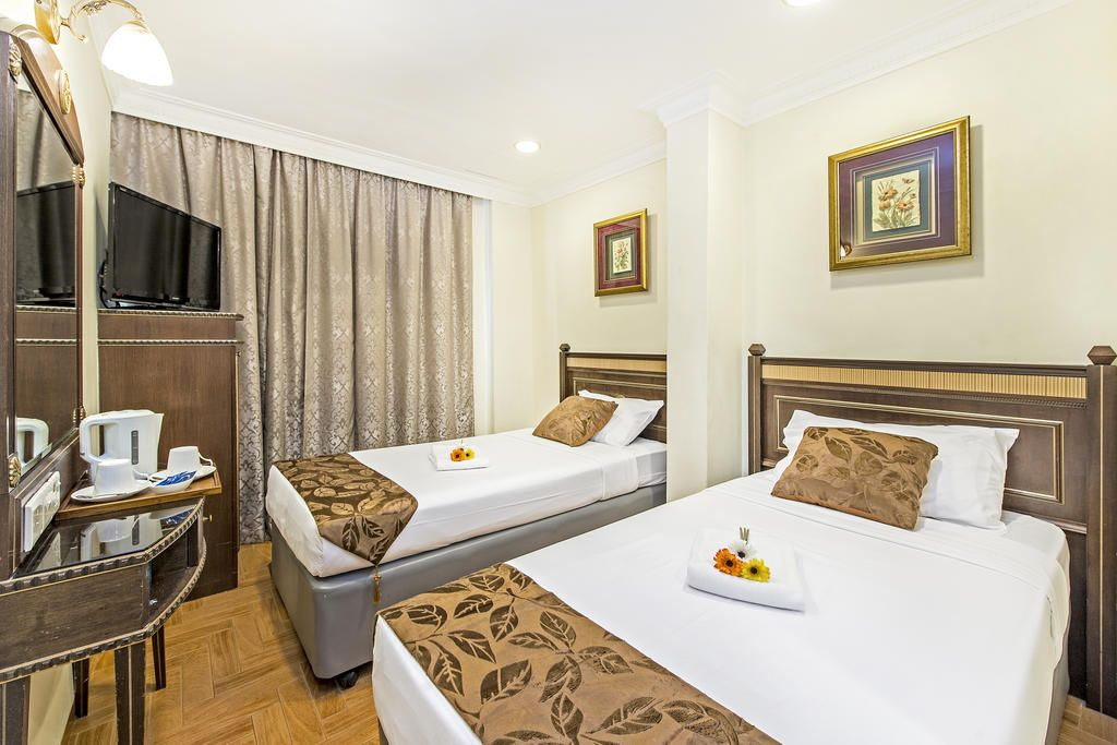 Hotel 81 Chinatown, Outram