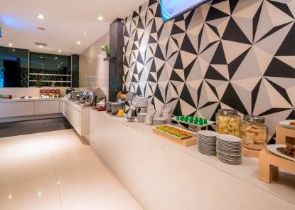 Hotel 88 Mangga Besar 120 Makan Prasmanan