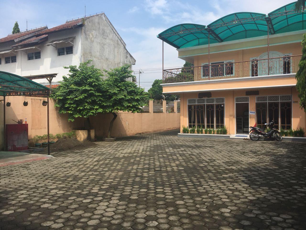 Hotel Anggrek, Banyumas