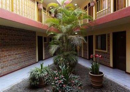 Hotel Arboledas Industrial