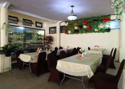 Hotel Arjuna Ruang Makan