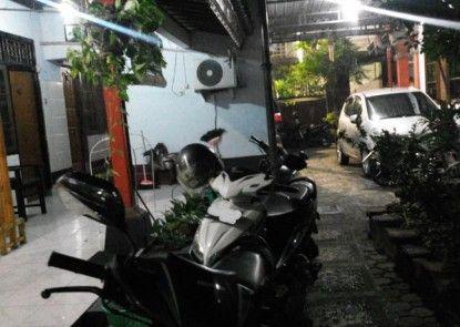 Hotel Artha Mataram Tempat Parkir