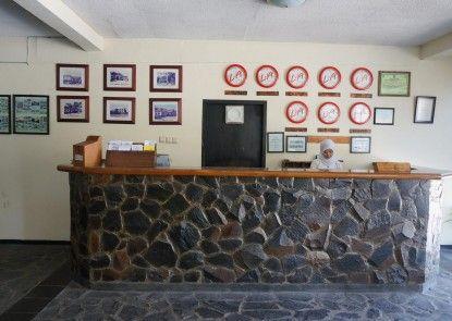 Hotel Augusta Garut Penerima Tamu