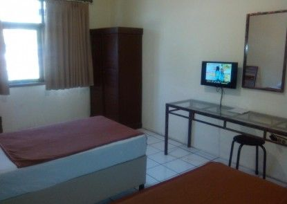 Hotel Augusta Garut Kamar Tamu