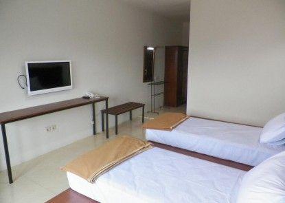 Hotel Augusta Lembang Kamar Tamu