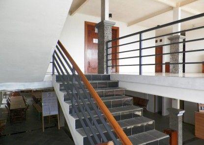 Hotel Augusta Lembang Interior