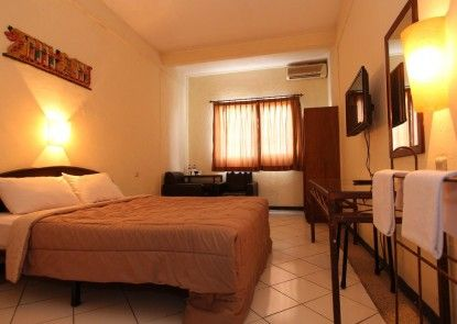 Hotel Augusta Surapati Bandung Kamar Tamu