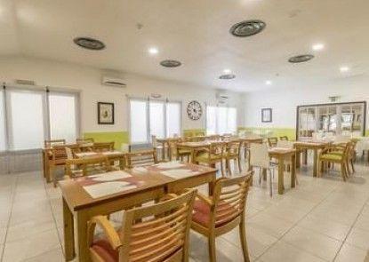 Hotel Campanile Lisbon South - Setubal