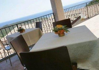Hotel Castello San Teodoro