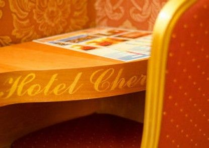 Hotel Cherubini